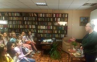 Библиобус в Гатчинском районе